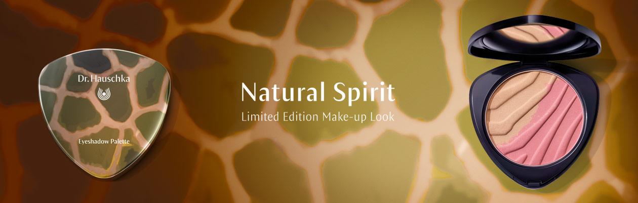 Natural Sprits Make Up van Dr Hauschka. Laat je inspireren door de aardse kleuren van 'Natural Spirit'. Glinsterend donkergroen, diep bruin en zacht lichtroze stralen kracht en rust uit en bieden een look vol levendige charme en natuurlijke elegantie.