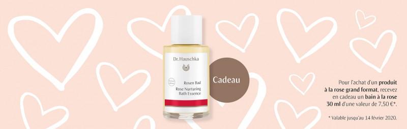 Surtout pour la Saint-Valentin, vous recevez maintenant un cadeau en édition limitée de 30 ml à l'achat de l'un des produits Rose de Dr.Hauschka